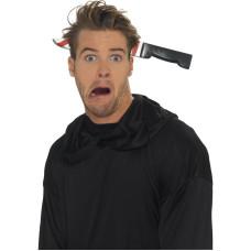Cerchietto con coltello infilzato in testa