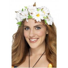 Corona di fiori bianchi e foglie